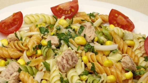 Salat-s-makaronami-2